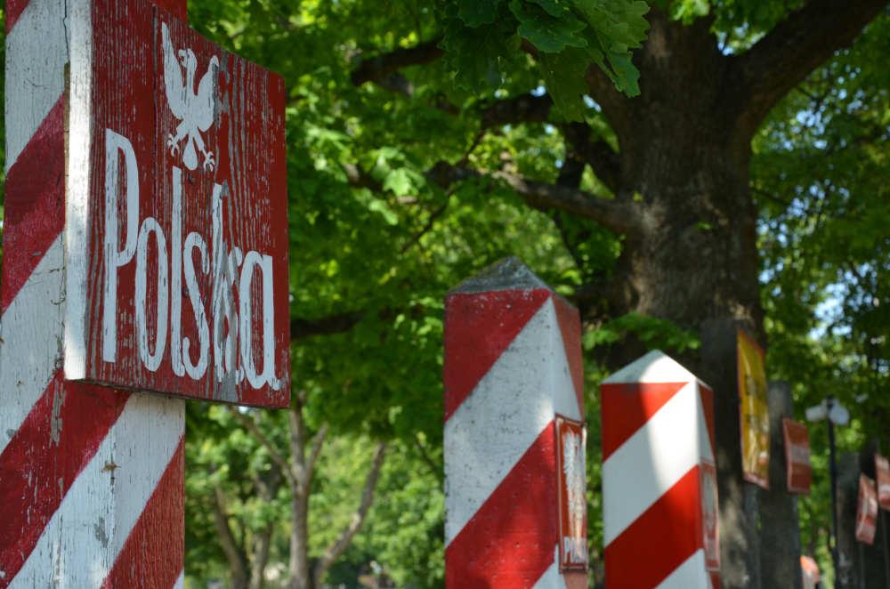 Altes Grenzschild von Polen. Fotografiert im Militärmuseum Kolobrzeg. Foto: Jens Hansel
